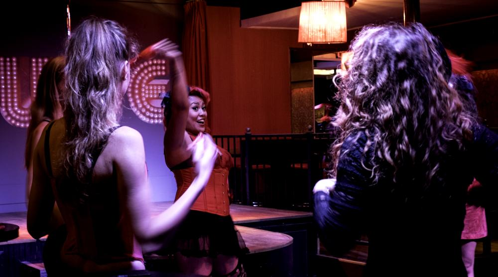 Slide 1: Workshop Burlesque Teamuitje